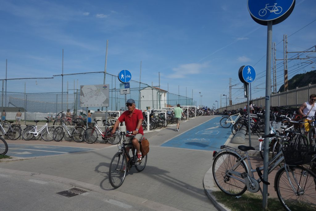 Grandioser Radweg bei Pesaro, immer alles dem Meer entlang