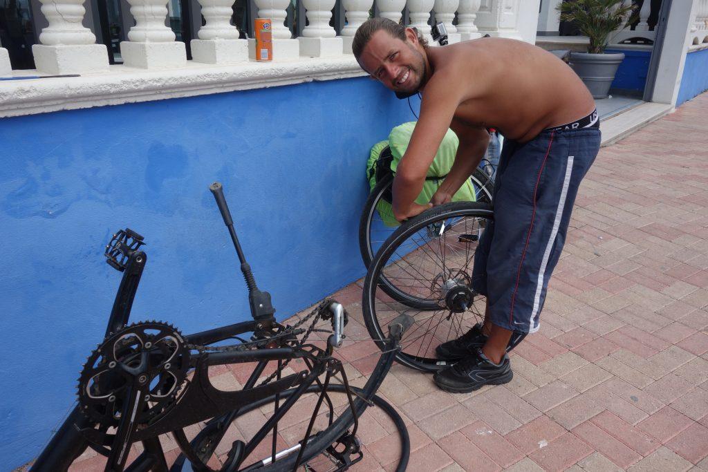 Mobiler Fahrrad-Mechaniker Levi