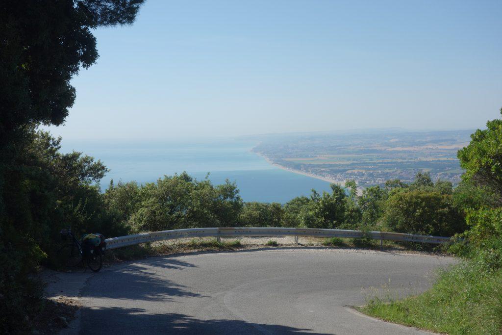 Aussicht auf der Abfahrt vom Monte Conero