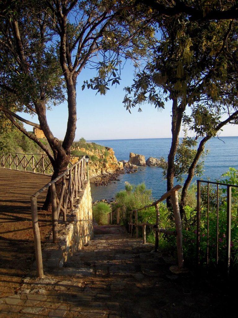 Fahrrad fahren an Siziliens Nordküste