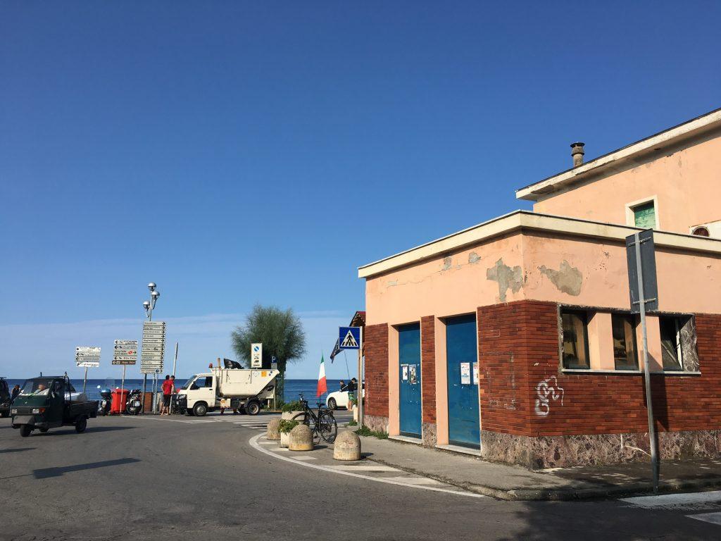 Startpunkt des Radwegs von Levanto nach Framura