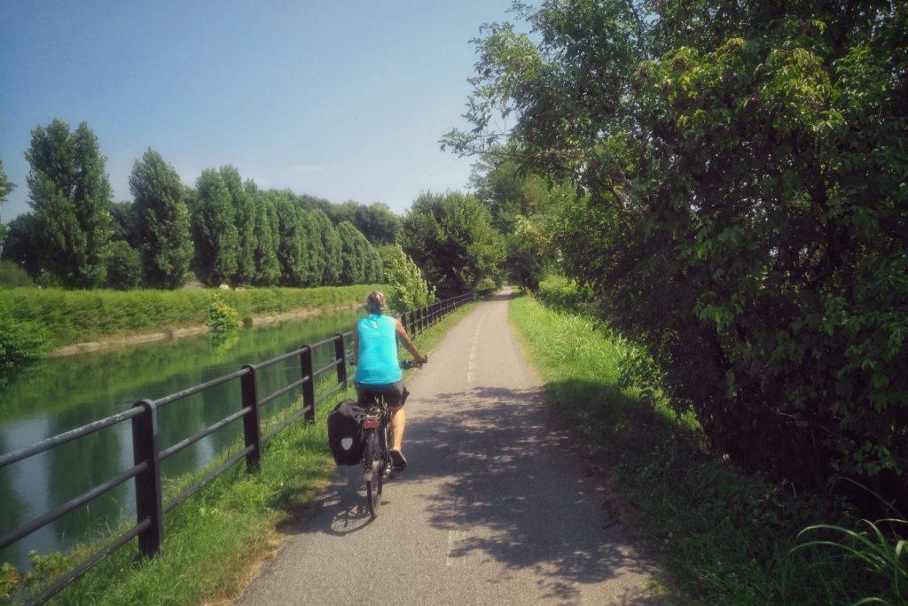 Zwischen Mailand und Adda auf dem Fahrradweg