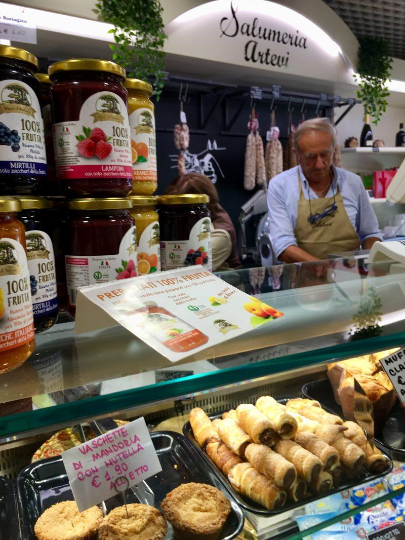 Lebensmittelgeschäft in Bobbio