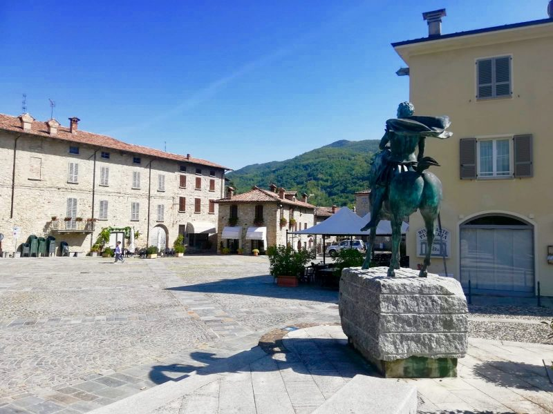 Hauptplatz von Travo