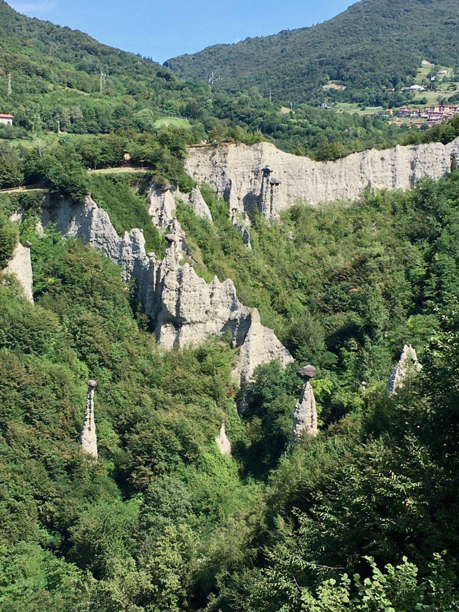 Piramidi von Zone, Brescia