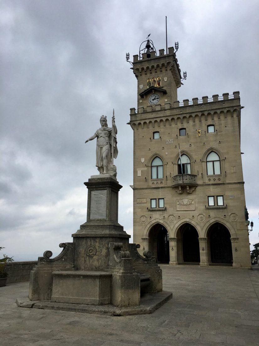 Per Fahrrad von Riccione nach San Marino