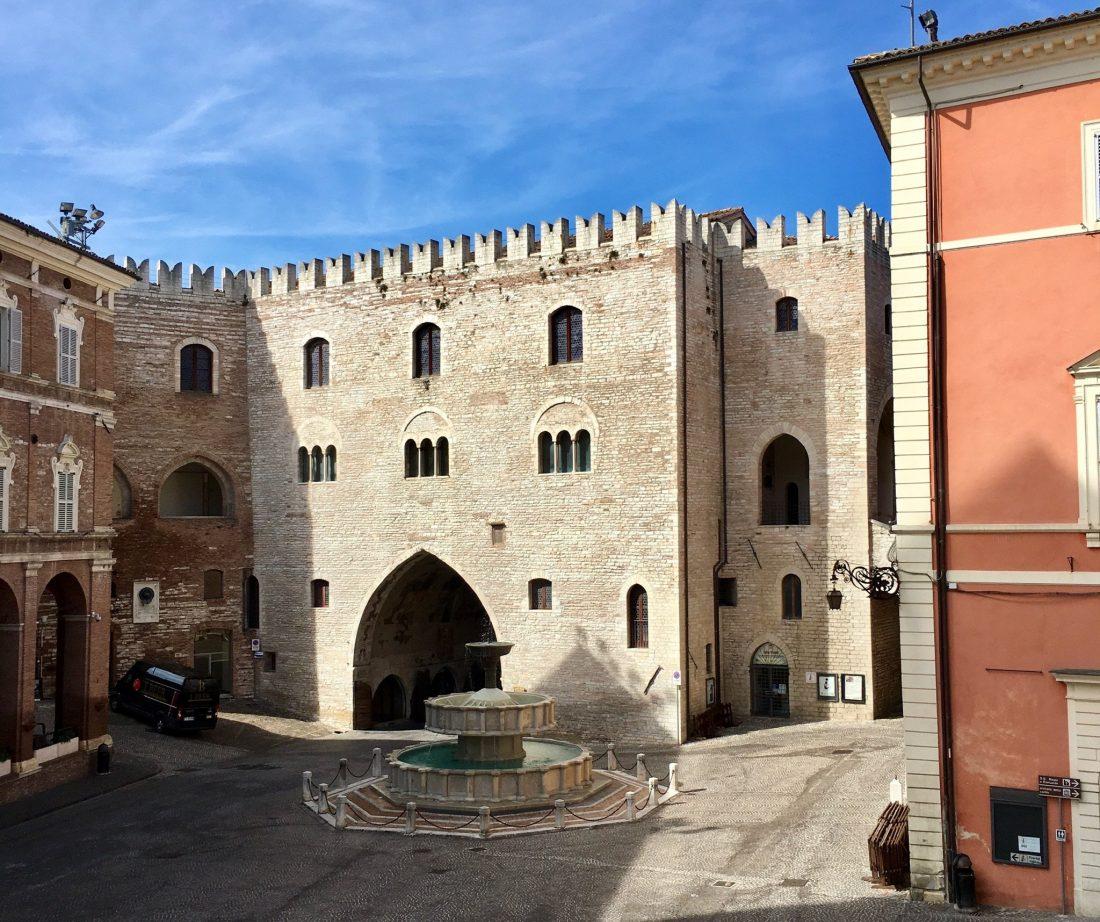 Fabriano Palazzo del Podestà