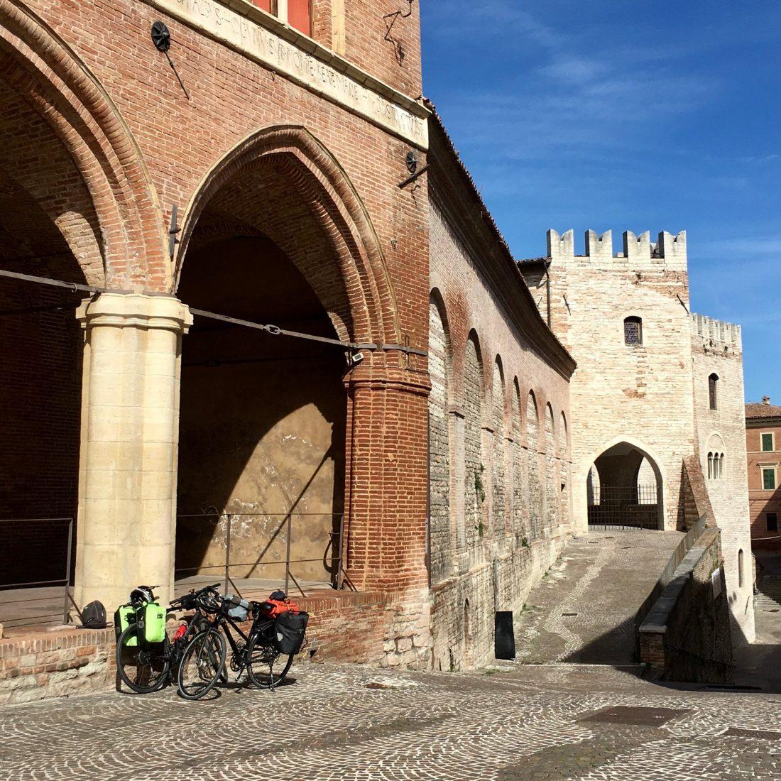 Region Marche in Italien per Fahrrad