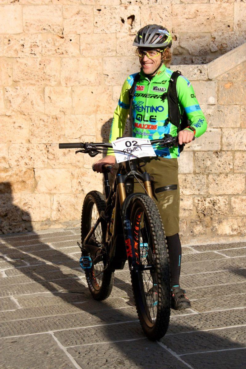 Vor dem Start der Maremma Bike Challenge, Martino Fruet